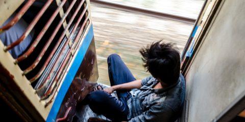 cestovanie vlakom po Mjanmarsku